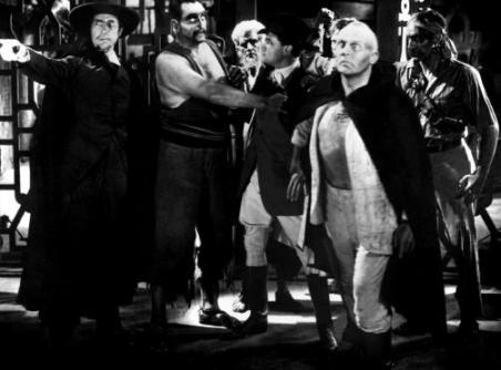 Bela Lugosi en pleno micromanaging de sus empleados